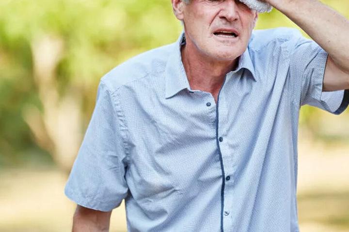 Der Rentner wurde massiv am Kopf getroffen. (Symbolbild)