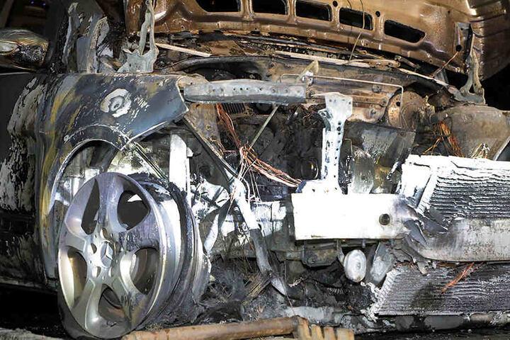Als Brandursache wird ein technischer Defekt vermutet.
