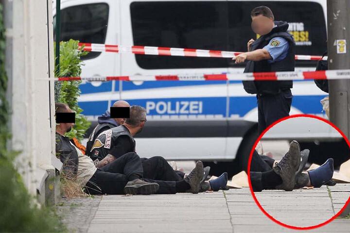 Nach der Schießerei wurden von allen festgenommenen Rockern die Schuhe sichergestellt und nach Blutspuren untersucht.