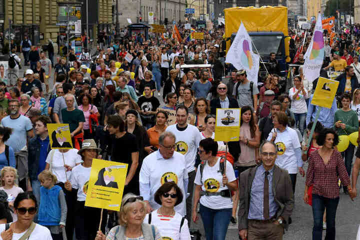 Die Organisatoren waren mit der Anzahl an Demonstrierenden letztlich mehr als zufrieden.