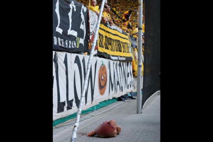 Der DFB-Kontrollausschuss leitete nach dem Bullenkopf-Skandal ein Ermittlungsverfahren gegen Dymano Dresden ein.