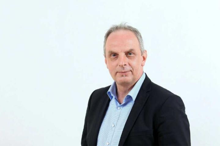 Detlef Müller (53, SPD) hofft auf kostenlosen Bus- und Bahnverkehr in alle Stadtteile.