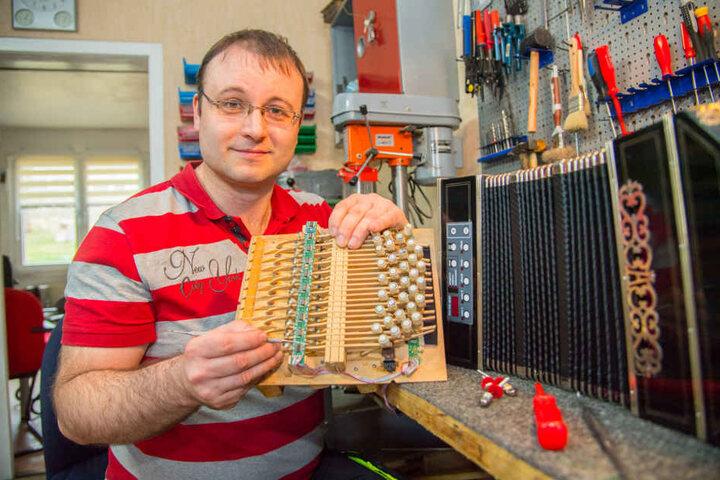 Robert Wallschläger (33) entwickelte in Carlsfeld bei Klingenthal die  pfiffige Musik-Erfindung.