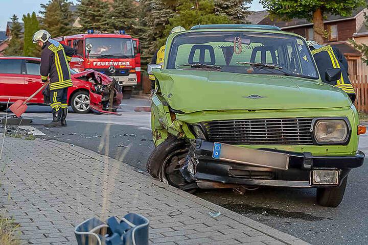 Die Wartburgfahrerin wurde leicht verletzt.