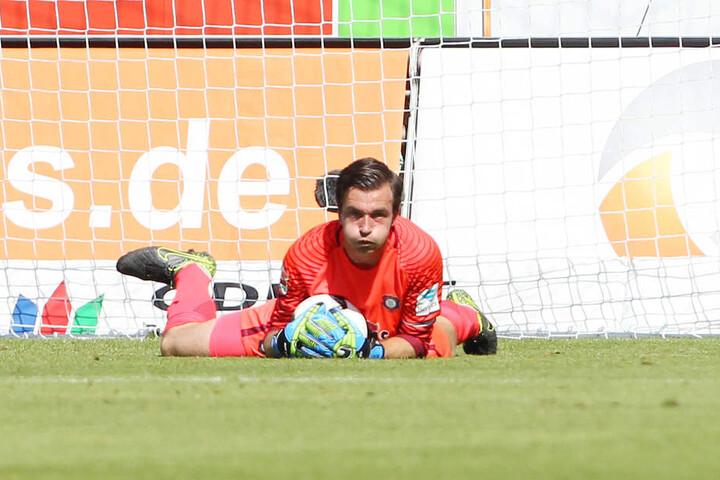Martin Männel in Aktion. Zum Rückrundenauftakt gegen Heidenheim will er wieder im Tor stehen.