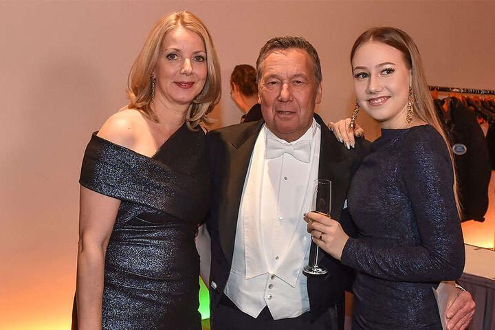 Sänger und Fan-Liebling Roland Kaiser (65) mit Ehefrau Sylvia (links) und Tochter Annalena (rechts)