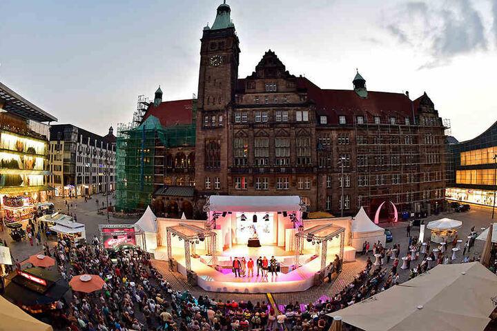 10.000 Besucher ließen sich von den Kreationen, der Musik und der heißen Atmosphäre inspirieren.