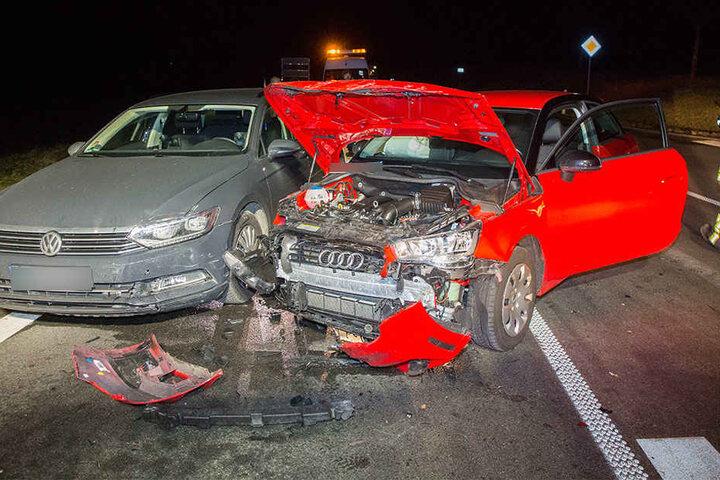 Der Audi wurde bei dem Unfall völlig zerstört.