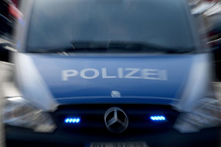 Die Polizei konnte den Mann überwältigen (Symbolbild)