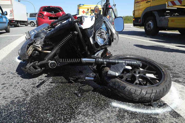 An der Honda CB 500X entstand ein Totalschaden.