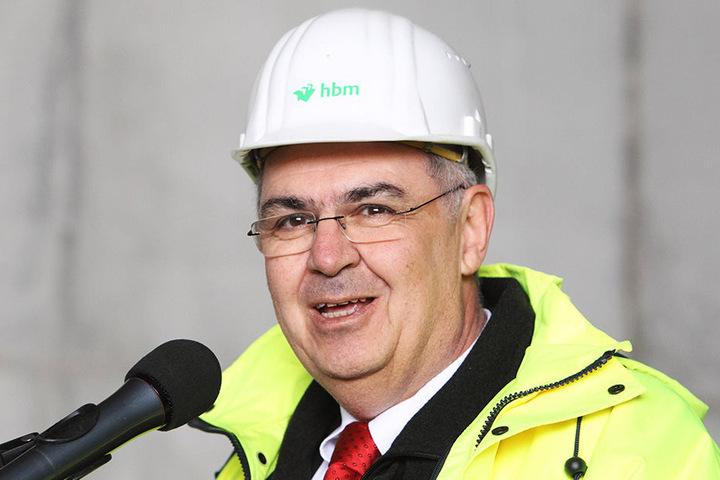 Axel Eichholtz, Chef der BAM Sports GmbH plant die Stadionerweiterung.