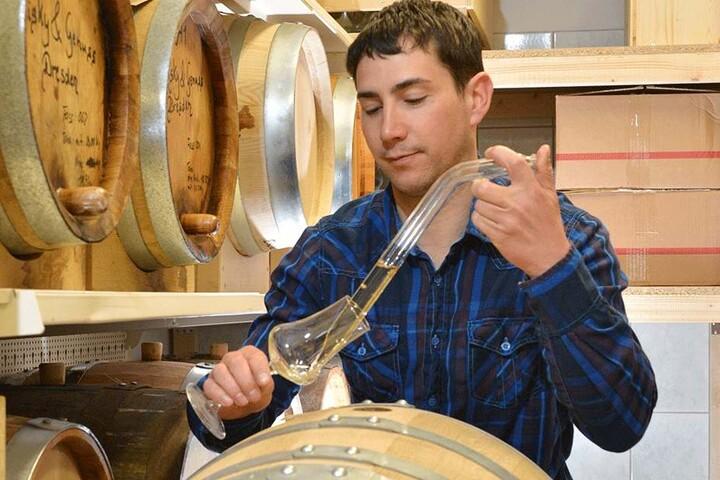 Die Whisky-Freunde müssen sich gedulden: Die neue Kreation wandert erst noch für Jahre in Eichenfässer zum Reifen.