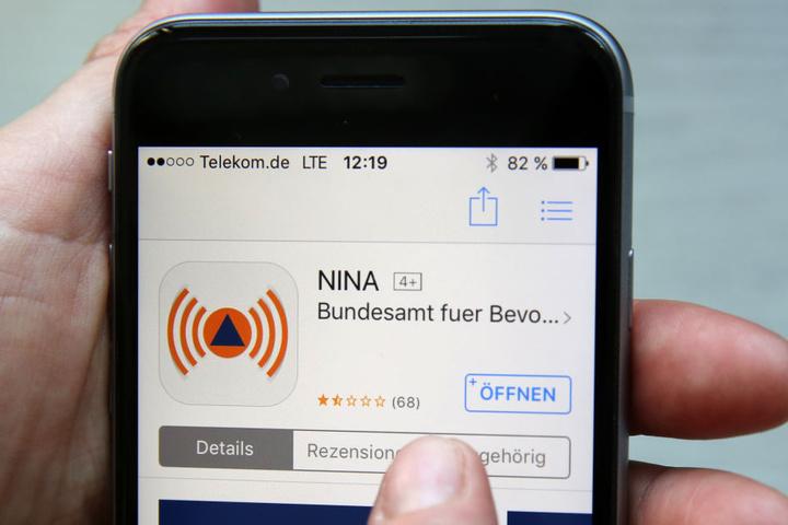 Die App NINA soll die Bevölkerung auch ohne Sirenen erreichen können.