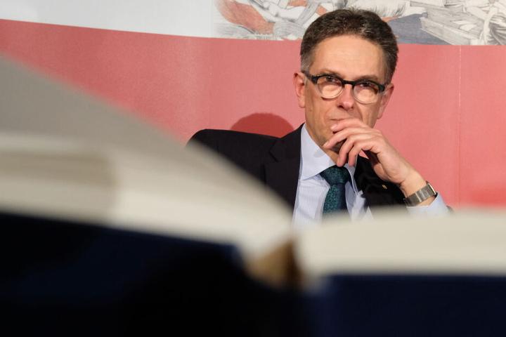 Oliver Zille, Direktor der Leipziger Buchmesse, bei einer Pressekonferenz.