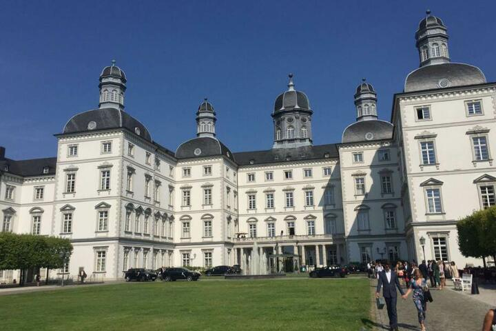 Das Schloss Bensberg in Heidi Klums Heimatstadt Bergisch Gladbach ist eine beliebte Location für Hochzeiten.