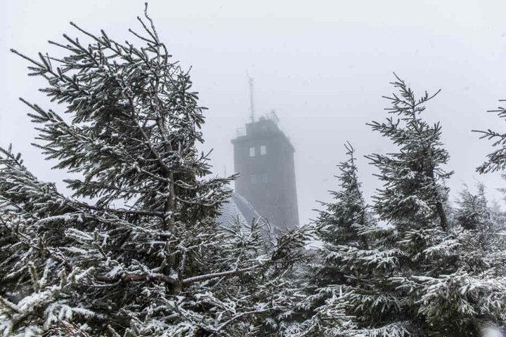 Auf dem Fichtelberg ist mit Schneeverwehungen zu rechnen.