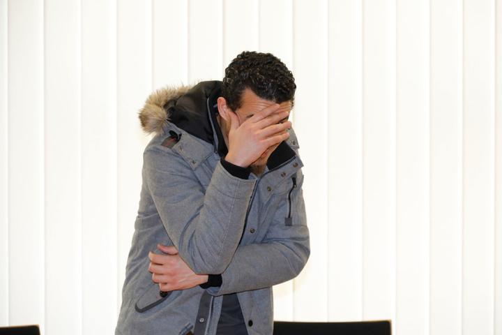 Ali A. (34) verließ das Chemnitzer Amtsgericht gestern als freier Mann.