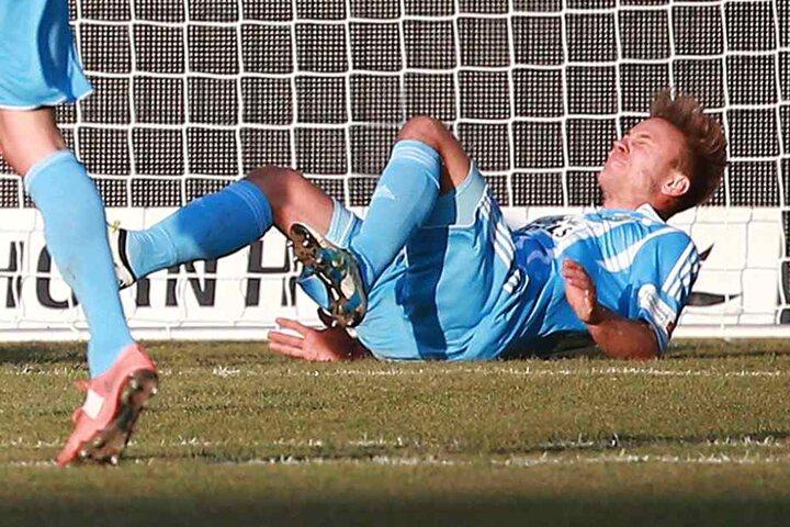 Fabian Stenzel verletzte sich im Spiel gegen Jahn Regensburg.