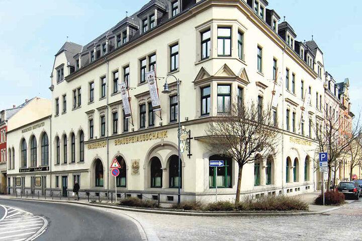 Gleich vier Premieren feiert das Radeberger Biertheater in der neuen  Spielzeit.