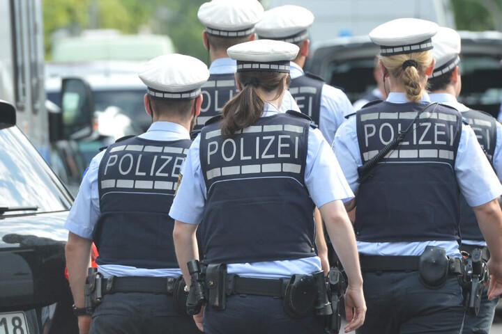 Eine Suchaktion der Polizei an der Enz blieb ergebnislos. (Symbolbild)