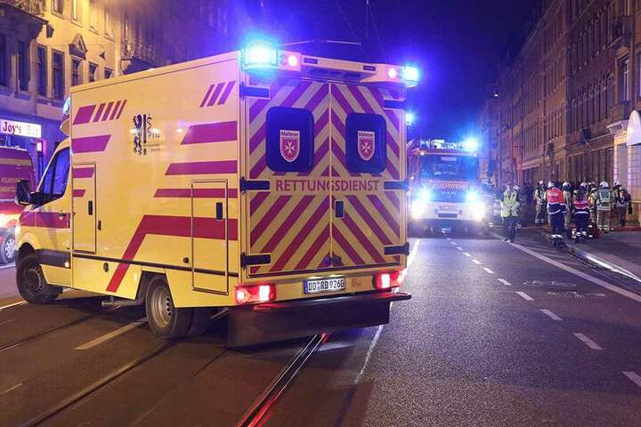 Zahlreiche Rettungskräfte vor Ort.