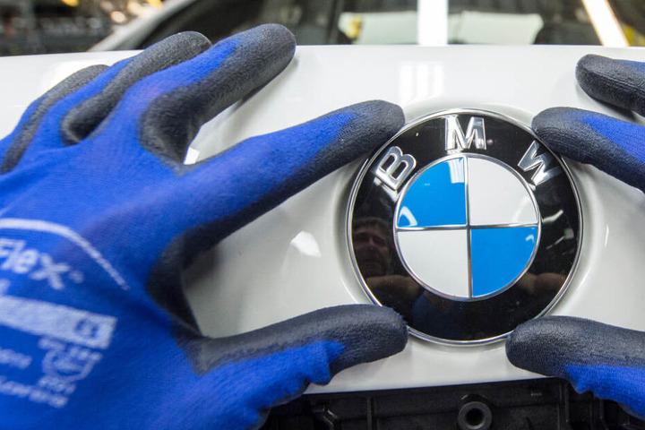 Der Autohersteller BMW konnte im März den schwierigen Marktbedingungen trotzen.