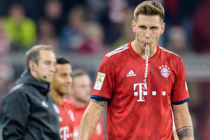 Abwehrspieler Niklas Süle hat zum Trainingsstreit beim FC Bayern München deutliche Worte gefunden.