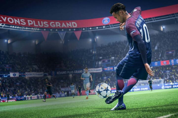 Wie in der Realität verzaubert auch der virtuelle Neymar von Paris Saint-Germain mit Weltklasse-Tricks die Zuschauer und Zocker.