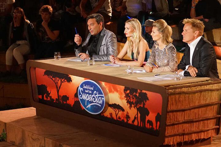 In zwei Duellen entschied sich die Jury beide Kandidaten weiterzulassen.
