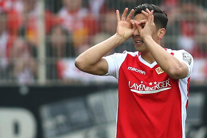 Robert Zulj bejubelt seinen Treffer zum 1:0.