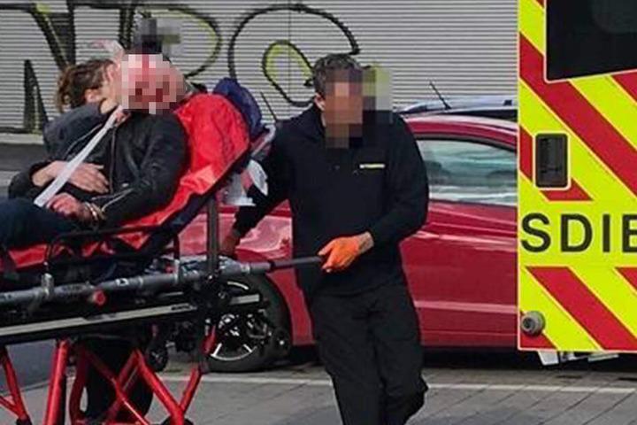 Der Rettungsdienst brachte das verletzte Opfer ins Klinikum.