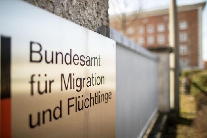 Die ehemalige Leiterin der Außenstelle des Bundesamtes für Migration und Flüchtlinge in Bremen steht in der Kritik. (Symbolbild)