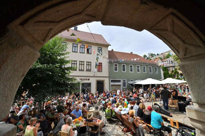 Der Preis wird in Rudolstadt beim Festival für  Folk- und Weltmusik verliehen.