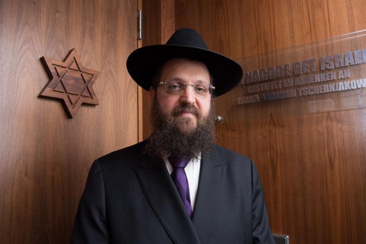 Der Rabbiner Yehuda Teichtal war Ende Juli in Begleitung eines seiner Kinder von zwei Männern auf Arabisch beschimpft und bespuckt worden.
