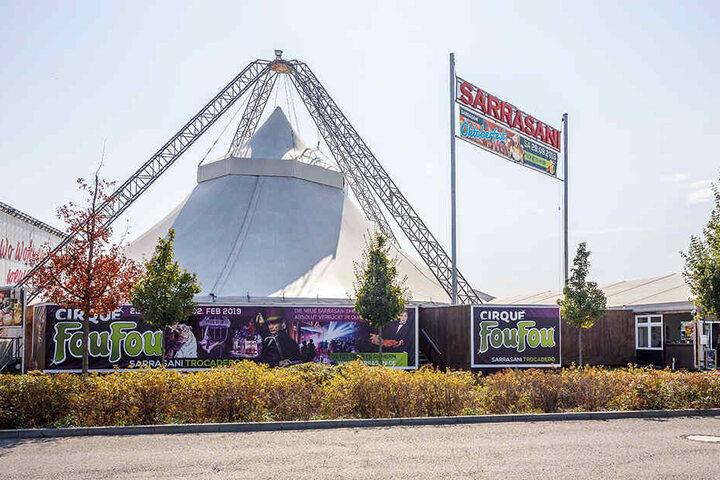 """10.000 Gäste besuchten die Show """"FouFou"""" im Elbe Park."""