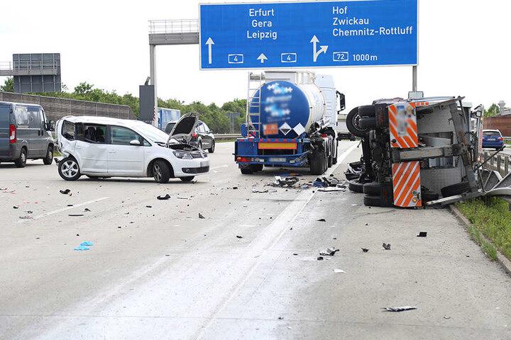 Transporter, Tanklaster und ein VW kollidierten auf der A4 am Mittwochnachmittag.