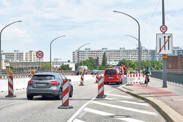 Ab Freitag wird auf der Nossener  Brücke kräftig gewerkelt und der Verkehr umgeleitet.