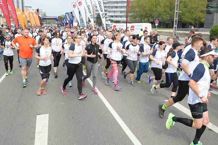 Rund 1500 Hobbysportler gingen in der Brückenstraße an den Start.