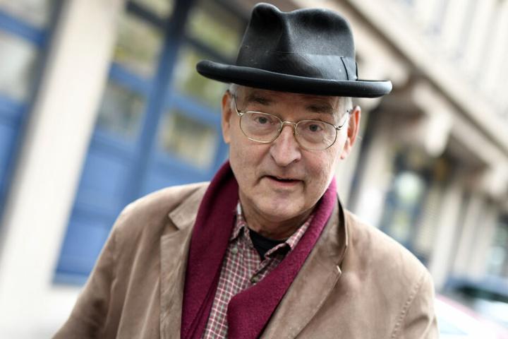 Der Sprayer Harald Naegeli (79) steht vor dem Bezirksgericht.
