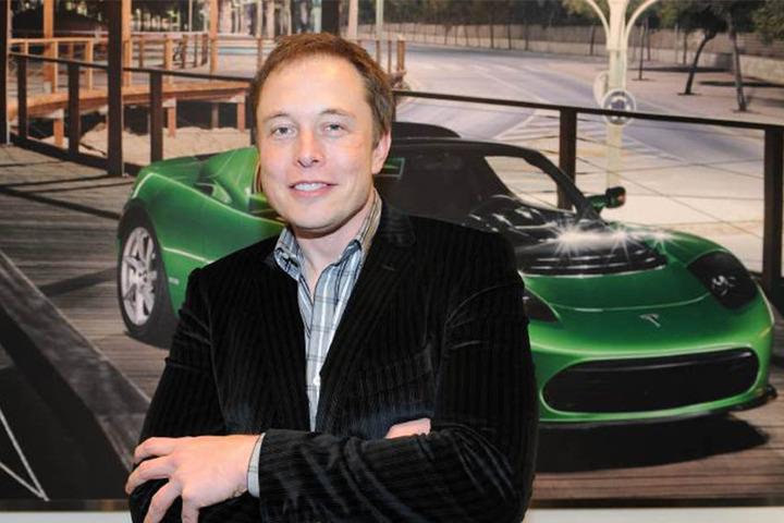 Tesla-Chef Elon Musk (45) ist auch Betreiber der Raumstation SpaceX.