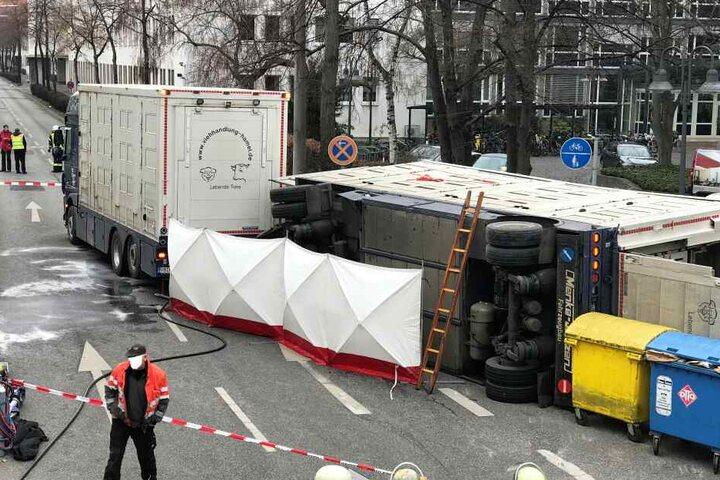 Die Unfallstelle wurde weiträumig abgesperrt.