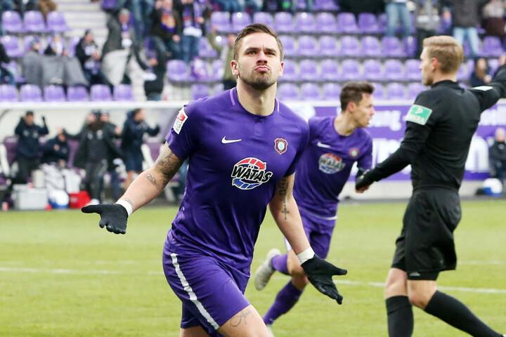 Pascal Testroet schoss drei Tore und sorgte für die erste Niederlage von Union Berlin.