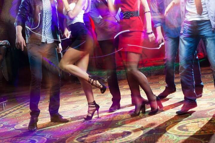 """Im """"La Maison"""" könnt Ihr am Samstagabend zu 80er-Mukke tanzen."""