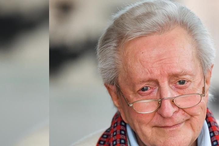 Entertainer Lutz Jahoda kann vergnügt auf ein turbulentes Leben blicken - am Sonntag wird er 90 Jahre alt.