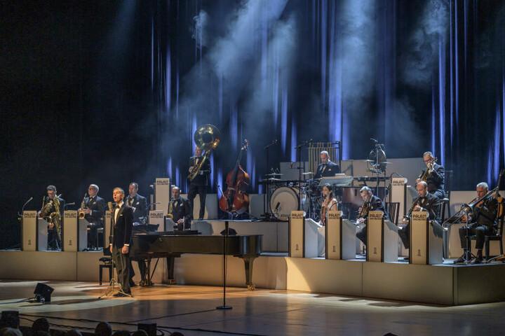 """Nach dem """"Riverboat"""" gab es den beliebten Sänger auch noch im Unplugged""""-Konzert zu sehen."""