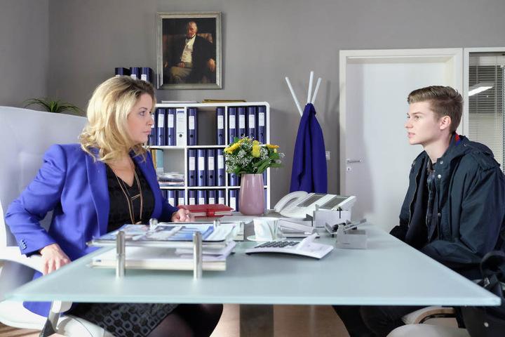 Sarah Marquardt muss sich derweil nicht nur um die Sachsenklinik, sondern auch ihren Sohn Bastian sorgen.