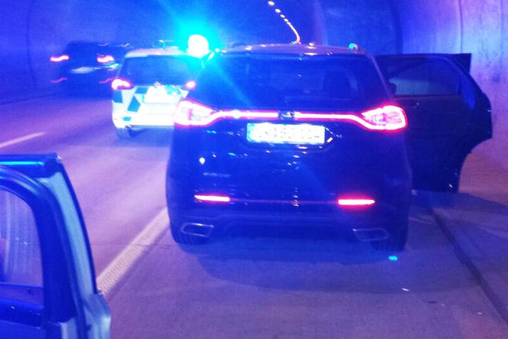 Den schwarzen Neuwagen konnte die Bundespolizei stoppen.