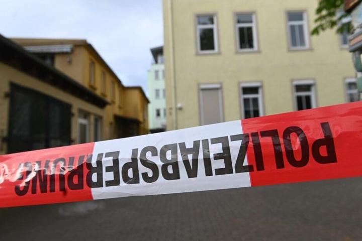 Die Polizei hat den Bereich weiträumig abgesperrt.