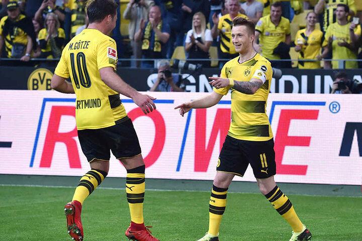 Dortmund kommt heute mit den Stars: Ob Mario Götze (l.) und Marco Reus auch auflaufen, ist allerdings nicht sicher.