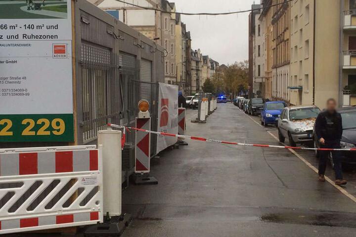 Die Absperrung auf der Hübschmannstraße.